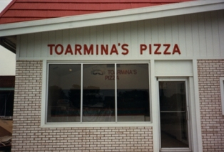 Toarmina's pizza one of first locations